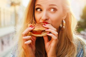 عوارض بسیار بد تند غذا خوردن