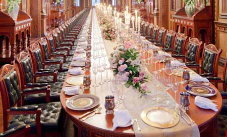 میز شام بسیار لوکس و طولانیه ایوانکا ترامپ (عکس)