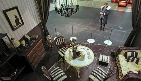 طراحی یک اتاق زیبا با شکلات های خوشمزه (عکس)