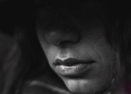 این زن 30 سال است تظاهر به کوری کرده (عکس)