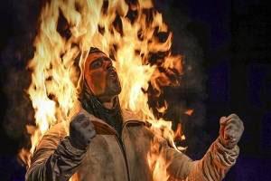 آتش گرفتن این هنرمند در سینمای هالیوود (عکس)