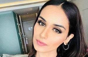 با زیباترین زن هندوستان آشنا شوید (عکس)