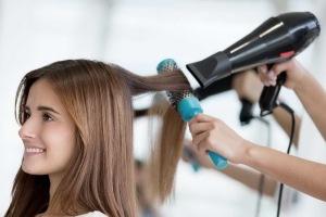 موهای خود را اینگونه خشک کنین تا وز نشود