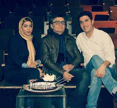 جشن تولد 71 سالگی رضا رویگری در کنار همسر