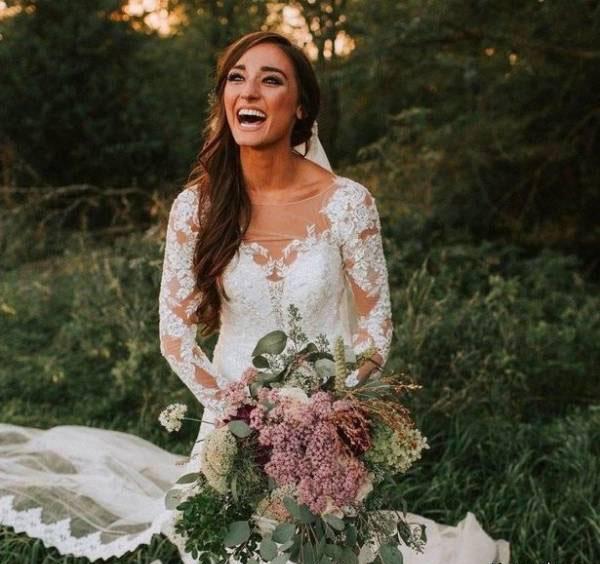 دردسر این دسته گل زیبا برای عروس خانم (عکس)