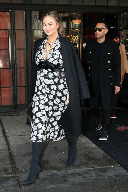 مدل لباس شیک بارداری به سبک کریسی تیگن