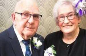 مراسم ازدواج پیرترین عروس و داماد دنیا (عکس)
