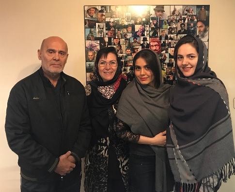 جدیدترین عکس جمشید هاشم پور در کنار همسر و دخترش