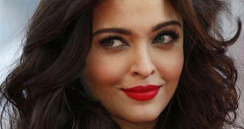 زنان زیبای هالیوودی با لبخند های دلربا (عکس)
