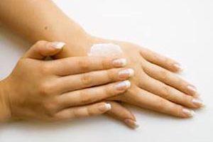 چهار ماسک نرم کننده پوست دست بعد از خانه تکانی