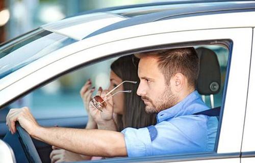 طلاق یک زن از شوهرش بخاطر کرایه ماشین