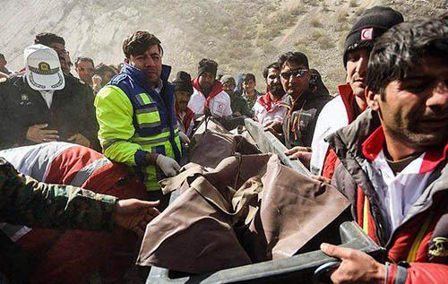 تصاویر اجساد دختر ترکیه ای و دوستانش پس از سقوط هواپیما