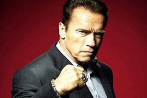 عمل جراحی قلب باز آرنولد شوارتزنگر