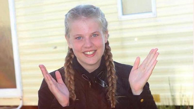 خودکشی دختر 16 ساله بخاطر تجاوز ناپدری (عکس)