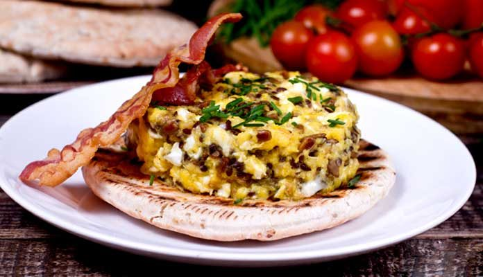 طرزتهیه غذای جدید اسکرامبل تخم مرغ و تخمه آفتابگردان