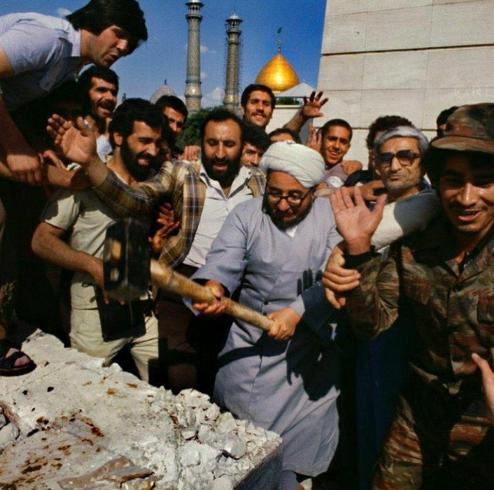 عکس دیده نشده از قبل و بعد تخریب آرامگاه رضا شاه