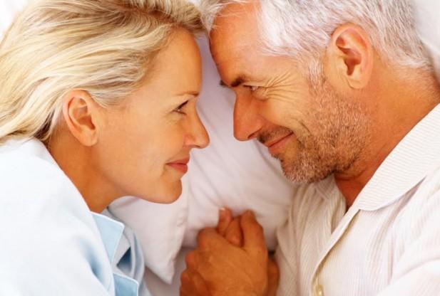 تغییرات آلت تناسلی زنان سن بالا و علت رابطه جنسی دردناک