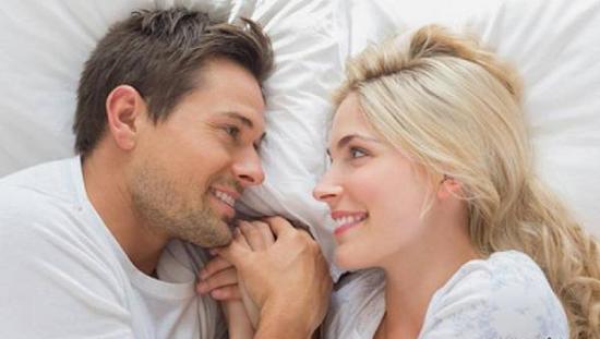 فواید خاص رابطه جنسی در صبح
