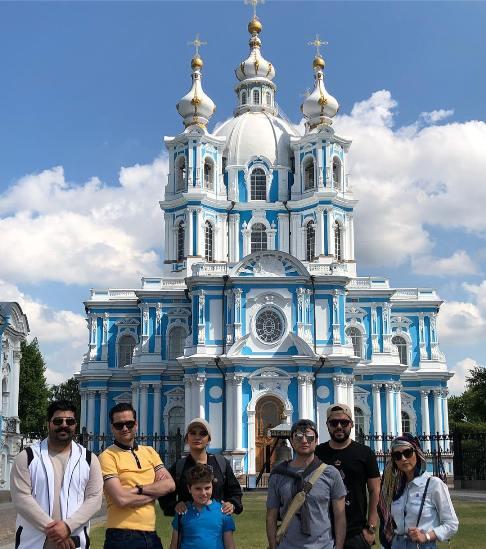 گردش لیندا کیانی و بهنام بانی با بازیگران در روسیه (عکس)