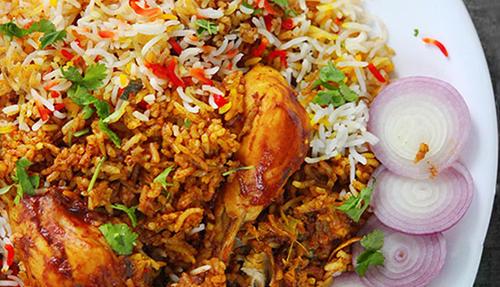 طرز تهیه مرغ بریانی هندی (عکس)