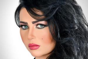 جنجالی شدن پوشش زن گزارشگر در عربستان!عکس