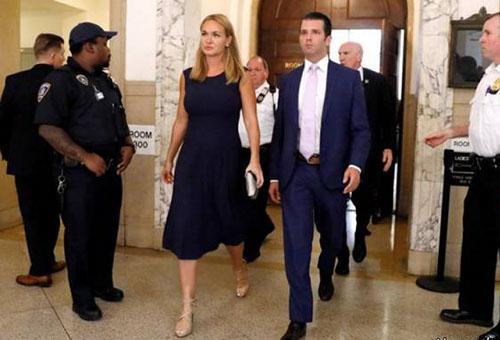 ترامپ از همسرش طلاق گرفت (عکس)