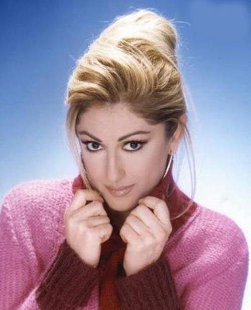 معزز ارسوی،خواننده زن ترکیه،خواننده ترکی