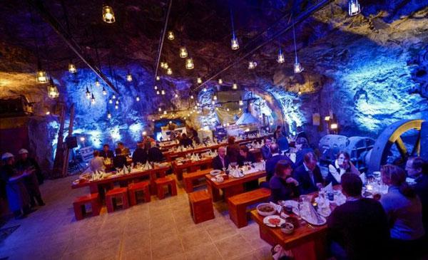عکس های جالب از خطرناک ترین رستوران های جهان،رستوران خطرناک،رستوران عجیب،عکس جالب رستوران