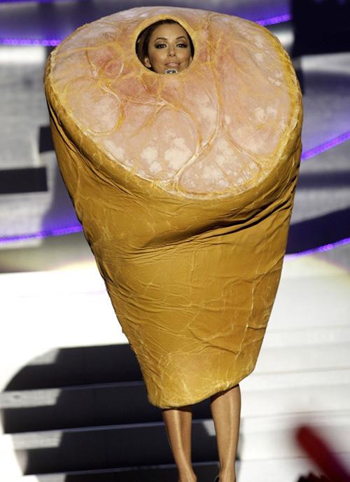 لباس های سلبریتی ها،لباس مسخره سلبریتی ها،مدل لباس سلبریتی ها،مدل لباس بازیگران،اوا لونگوریا