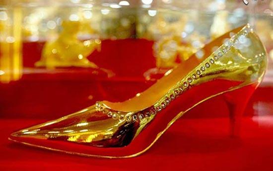 عجیب ترین چیزهای ساخته شده از طلا (عکس)