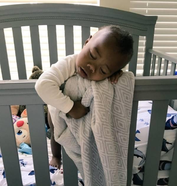 سوژه های بسیار خنده دار از مدل خوابیدن