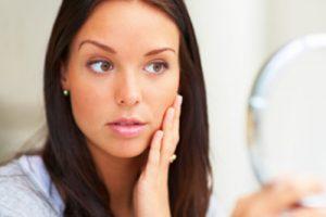 عوامل اصلی پف کردن صورت چیست؟