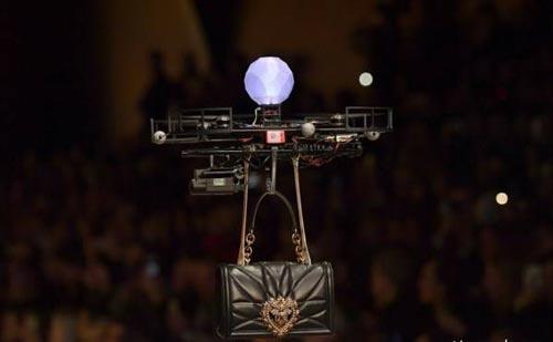 عجیب ترین فشن شو جهان بدون مدلینگ برگزار شد! تصاویر