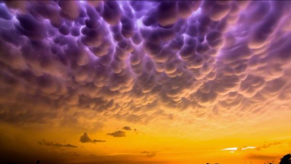 پدیده های عجیب و غریب در آسمان (: 1