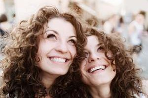 واقعیت هایی عجیب و باورنکردنی در مورد دوقلوها