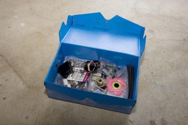 زباله ها و دور ریختنی های پولساز (عکس)