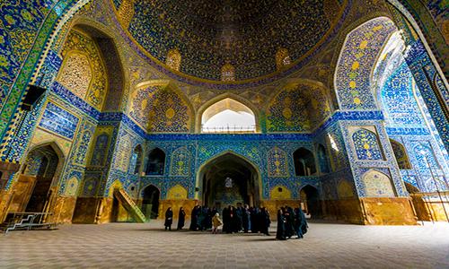 توریستی ترین شهرهای ایران، رقابت بین اصفهان، مشهد و شیراز