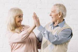 اثرات مثبت و منفی ازدواج در پیری