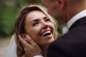 زبان بدن را در روابط عاشقانه بشناسید