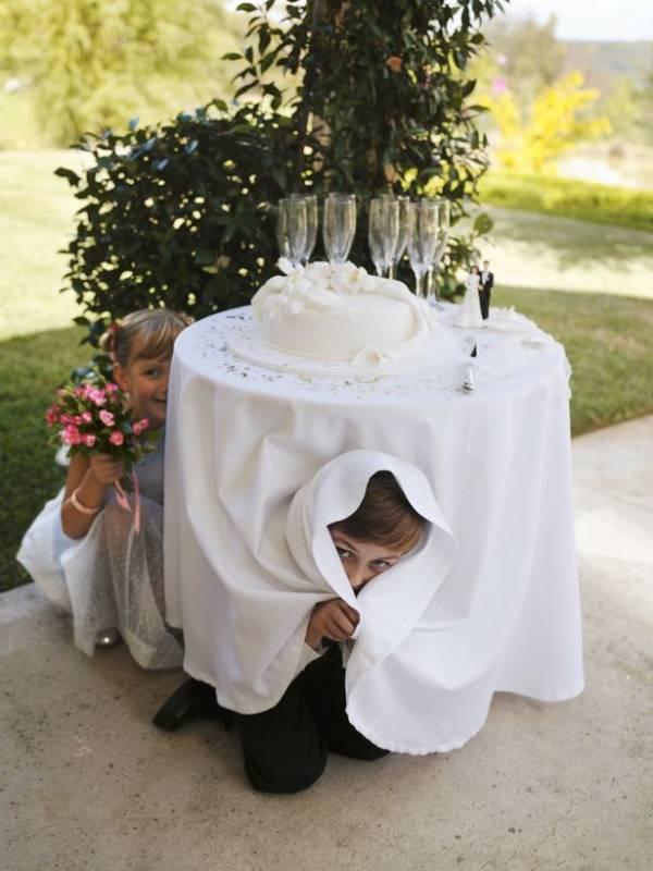 کار زشت و شرم آور این عروس در مراسم ازدواجش
