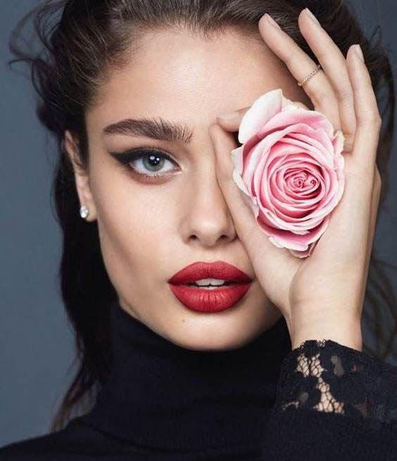 زیباترین زنان سال 2019 از سراسر دنیا (عکس)