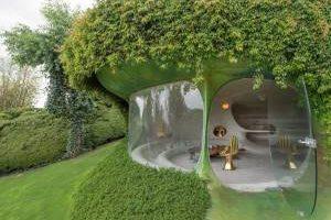 ساخت خانه های عجیب و زیبا در زیر زمین (عکس)