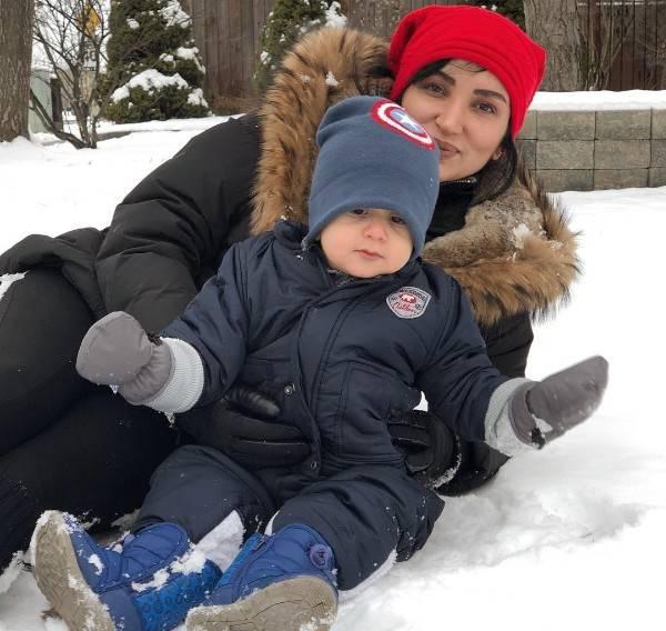 جدیدترین عکس های خانوادگی روناک یونسی در کانادا {hendevaneh.com}{سایتهندوانه}جدیدترین عکس های خانوادگی روناک یونسی در کانادا - 1675810469 irannaz com - جدیدترین عکس های خانوادگی روناک یونسی در کانادا