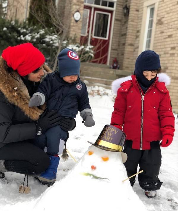 جدیدترین عکس های خانوادگی روناک یونسی در کانادا {hendevaneh.com}{سایتهندوانه}جدیدترین عکس های خانوادگی روناک یونسی در کانادا - 1745990786 irannaz com - جدیدترین عکس های خانوادگی روناک یونسی در کانادا