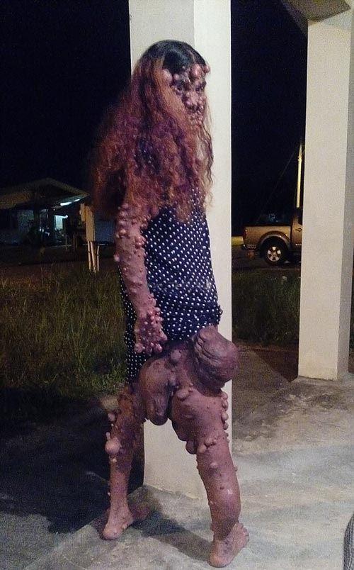 این دختر جوان با بدن عجیبش همه را شوکه کرد (عکس 18+)
