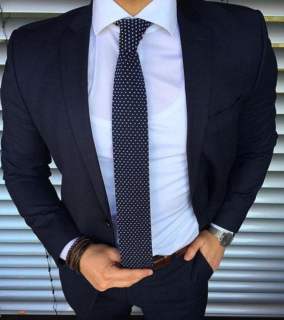 شیک ترین مدل های کراوات و راهنمای ست کردن