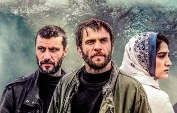 عکس هایی از بازیگران سرو زیر آب (خلاصه داستان)