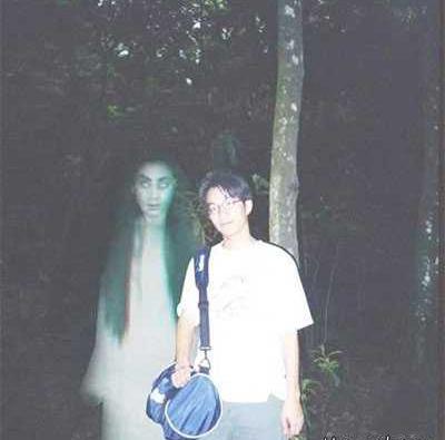 عکس هایی ترسناک و واقعی از اجنه ها (18+)