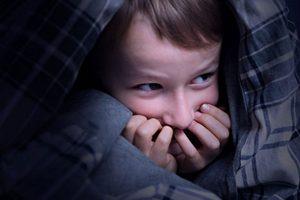 بهترین راه حل برای ترسهای شبانه کودکان
