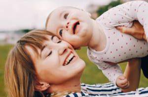 شیر مادر تا چه سنی برای کودک مناسب است